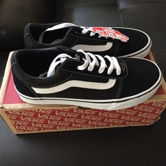 74ccfa961c4 Vans Ward Lo Suede Women s Sneaker